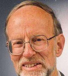 Prof.-em.-Dr.-Ernst-Schrimpff-stellvertretender-Aufsichtsratsvorsitzender