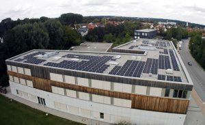 Montessori-Schule-Freising-Buerger-Solardach-Luftbild