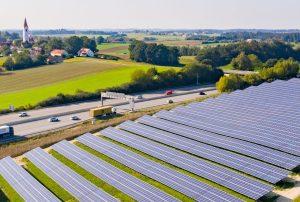 Bürger Solarpark Paunhausen - Johanneck - BEG Freising - Energie Genossenschaft - Photovoltaik - Freifläche - Blühwiese - Artenschutz - Bienen - Nachhaltigkeit